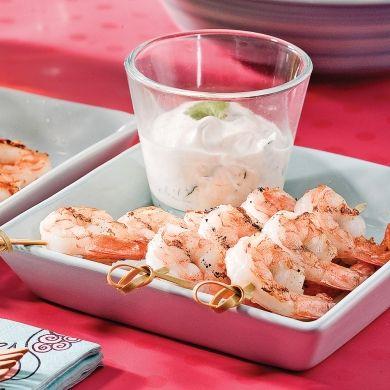 Brochettes de crevettes et trempette à la lime - Recettes - Cuisine et nutrition - Pratico Pratique
