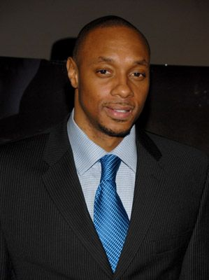 Dorian Missick at event of Freedomland (2006)