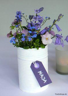 Idé til bordpynt. Mal en konservesdåse og få en fin vase til blomster. Køb plus color maling i kreahobshop