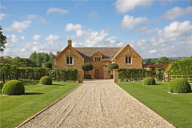4 Bedroom Detached House For Sale In Evenlode Moreton Marsh Gloucestershire