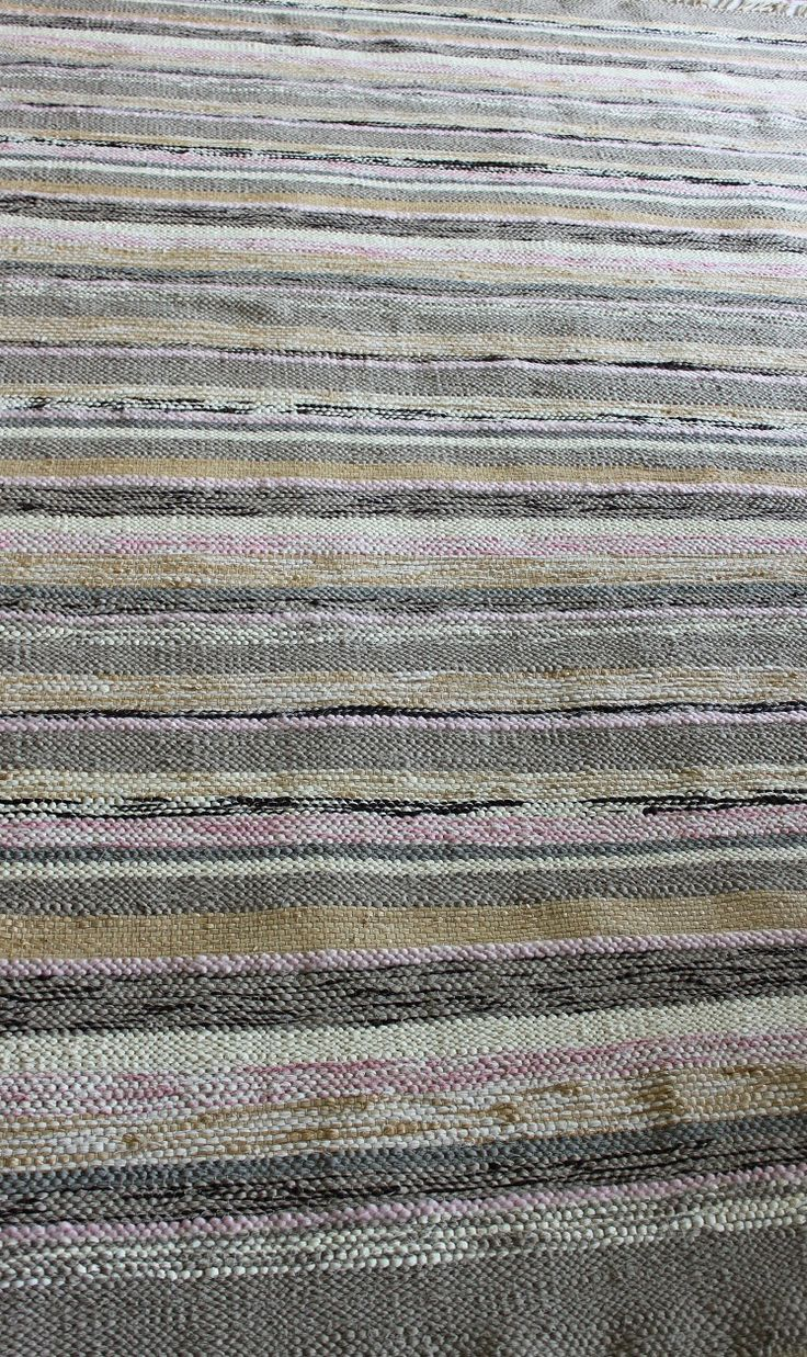 Mixed weave grey, pinks and natural carpet in raffia, cotton and mohair