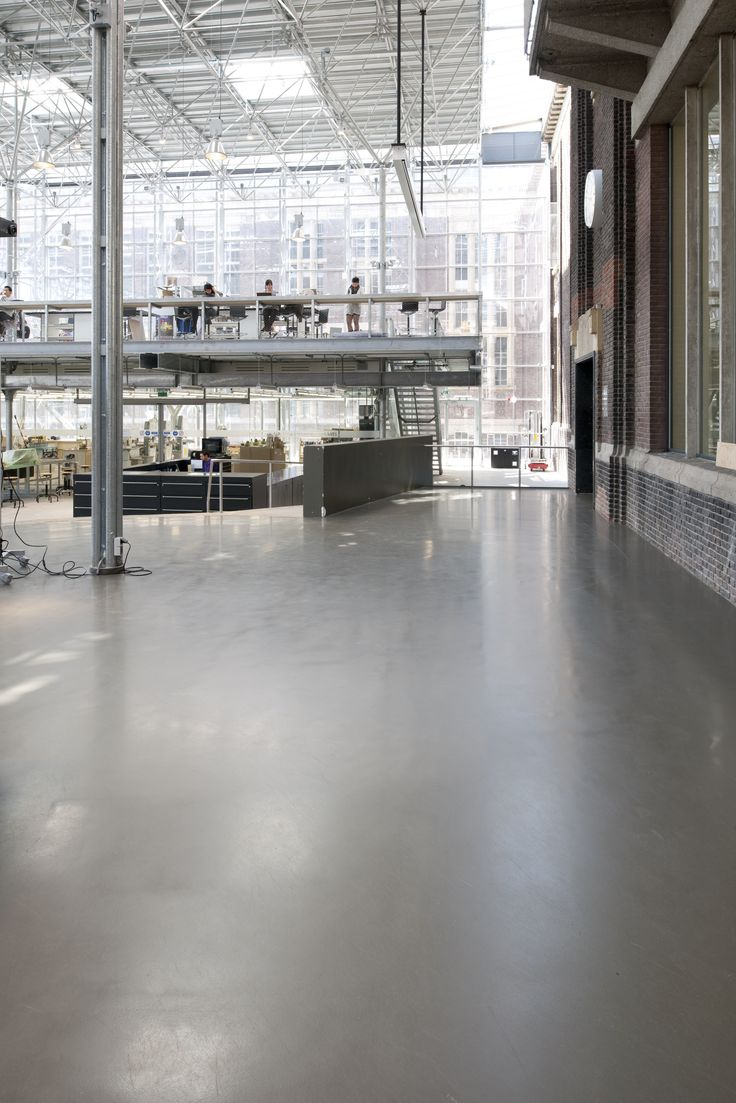 The Faculty of Architecture at TU Delft was fitted with Bolidtop flooring.