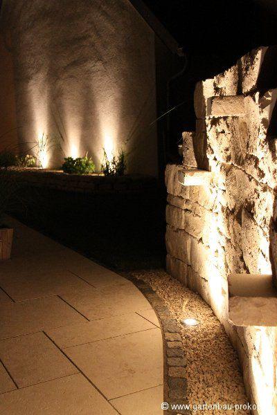 Garten Beleuchtung - Trockenmauer - Juramauer bei Nacht