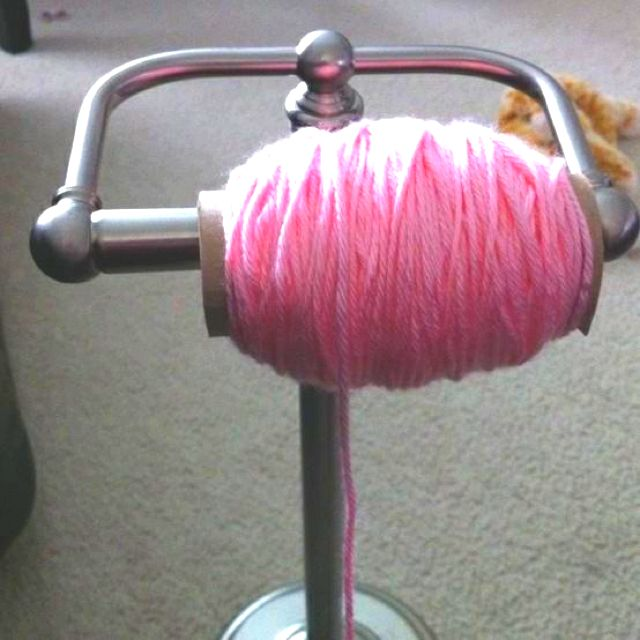 Best knitting idea EVER! Why have I never thought of this?