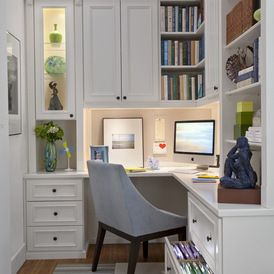 The crisp white colour palette and the lighting in this home office space, make it a enjoyable, energizing space to work in.
