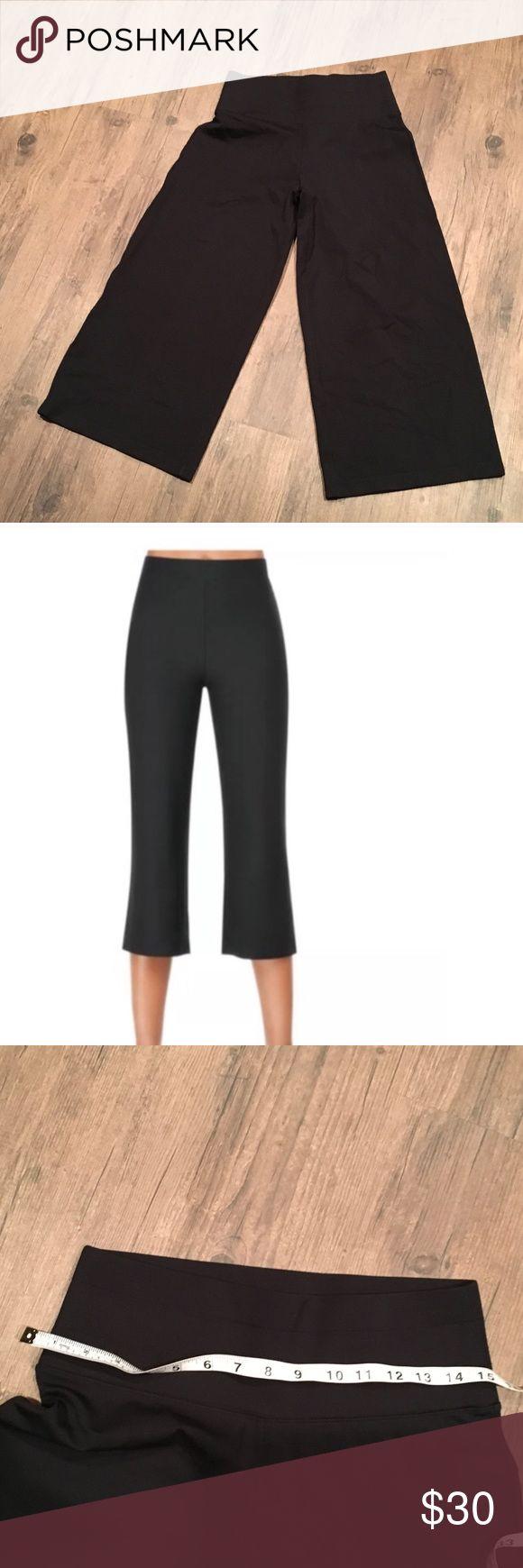 Spanx crop NWOTsize medium (16500) SPANX Pants Ankle & Cropped