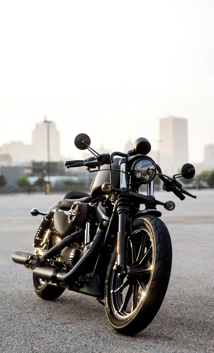 Aggressive throwback styling taken to a place altogether new.   2016 Harley-Davidson Iron 883
