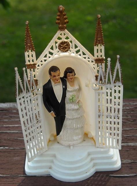 vintage wedding cake topper by Garage Sale Girly, via Flickr