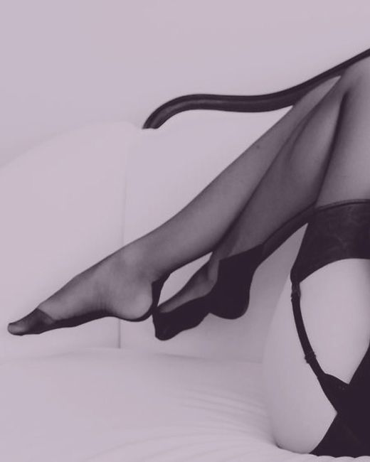 sexy legs in sexy stockings #stockings #lingerie #seamedstockings