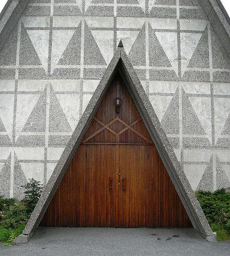 Triangle doors. Bakkehaugen Kirke, Norway.