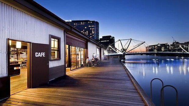 View to the Seafarers Bridge from The Boatbuilders Yard #swpromenade #melbourne #pub