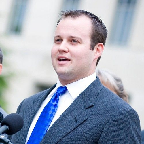 Is Anna Duggar finally ready to divorce Josh Duggar? In the wake of the 19 Kids And Counting scandal, Anna originally stood by her husband Josh after reports