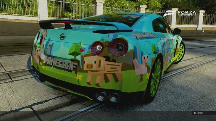 Wow Fancy Having Your Sports Car Painted Minecraft Style