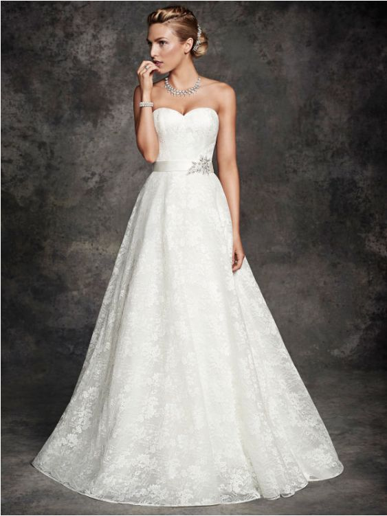 Wedding Gown ~ Ella Rosa BE262