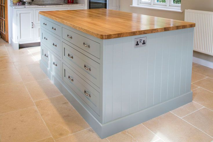 Handmade shaker style kitchen by benchwood kitchens this for Shaker style kitchen uk