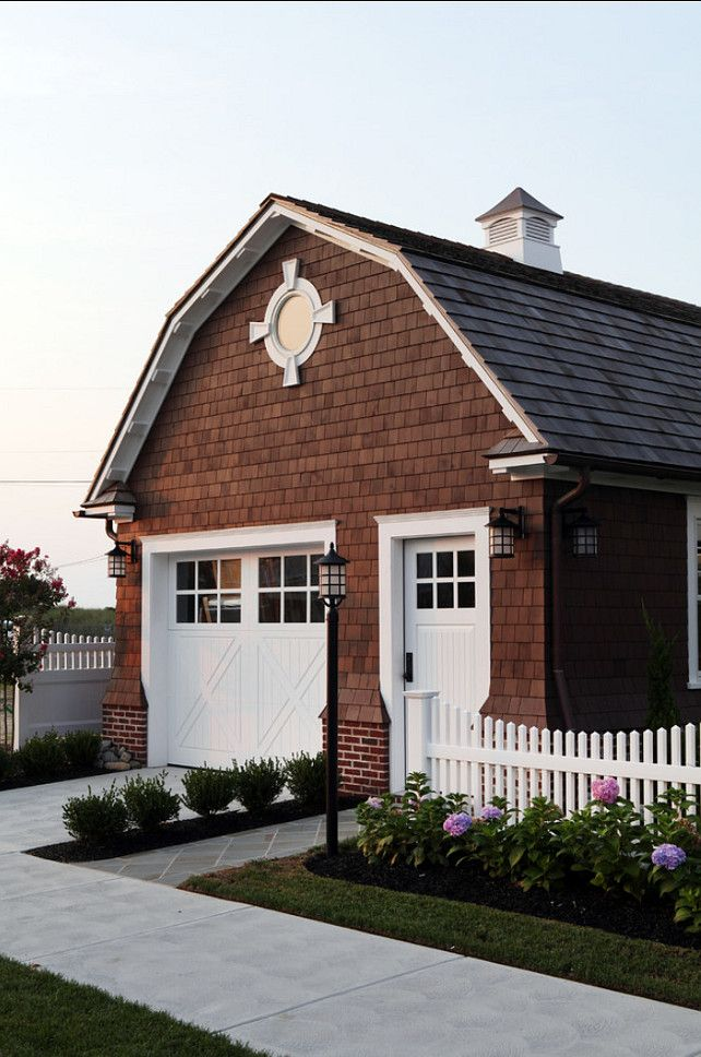 525 best images about carriage houses on pinterest 3 car for Detached garage pool house