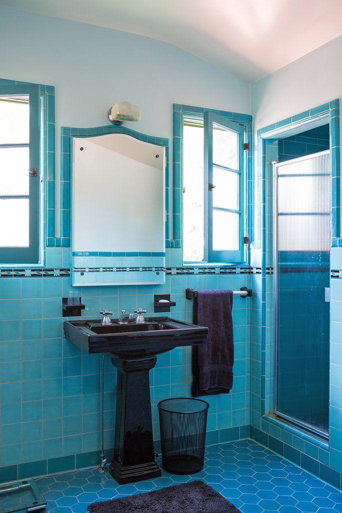 The House Collector S Dilemma Vintage Badezimmer Art Deco Badezimmer Vintage Einrichtungen