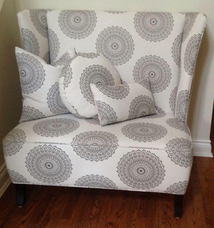 Custom settee designed by Mandy Renfrew in a Robert Allen fabric, gorgeous!