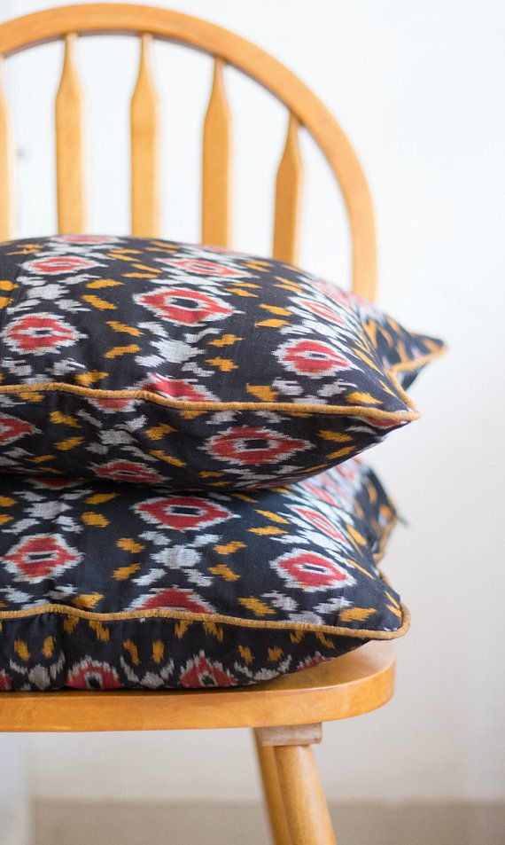 Throw pillow - Decorative throw pillow covers -  Modern Ikat fabric - Hand woven -  18x18 inches