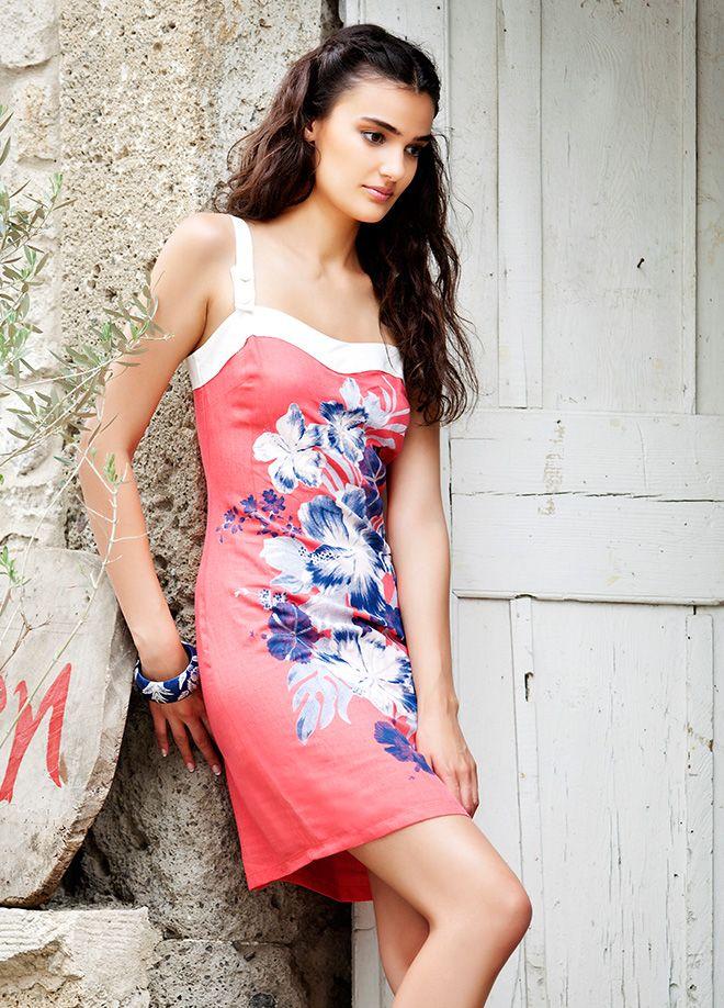 Merve Büyüksaraç Elbise Markafoni'de 87,00 TL yerine 34,99 TL! Satın almak için: http://www.markafoni.com/product/4463878/ 456258den