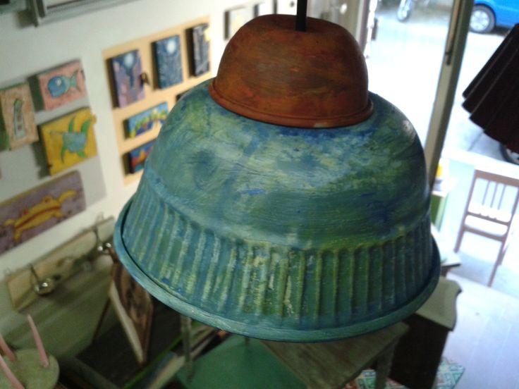 lampada creata con teglia