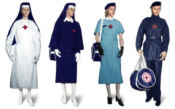 Uniformi in uso (2014) del Corpo delle Infermiere Volontarie della CRI.   Uniforms in use (2014) of the Nursing Corps of Volunteers of the Italian army