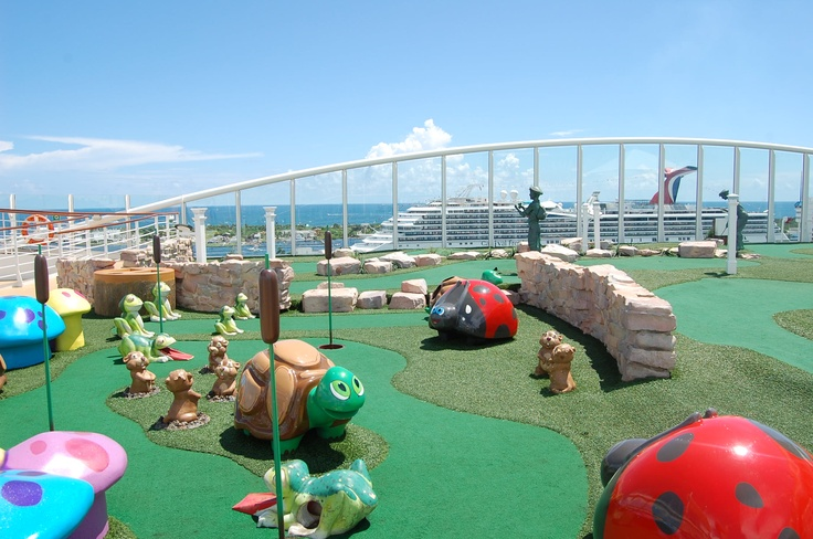 Miniature golf on Royal Caribbean's Oasis of the Seas