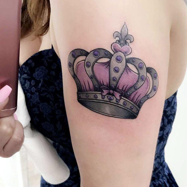 Tattoo Designs Queen: Best 25+ Queen Crown Tattoo Ideas On Pinterest