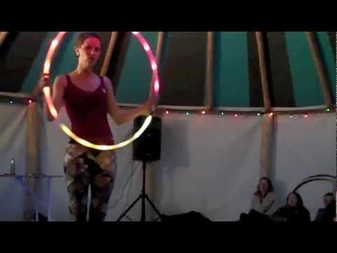 SaFire Gets Down with Glow  SONG: Hilight Tribe - Free Tibet      http://www.safiredance.com  http://www.hoopcity.ca