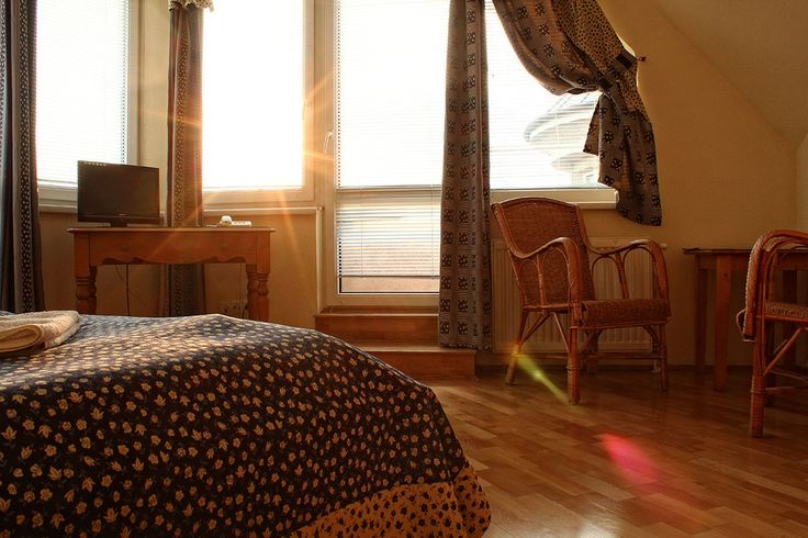 Napfényes #szoba #Budapesten / Sunny #guesthouse room in #Budapest