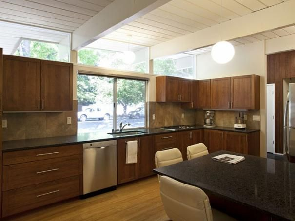Photo of Brown Contemporary Dining Room project in Palo Alto, CA by Klopf Architecture