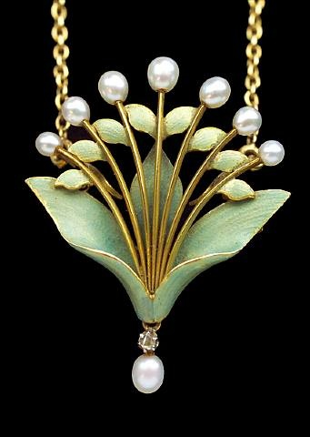 Andre Rambour, Art Nouveau lily-of-the-valley pendant/brooch, ca. 1900. Gold, enamel, diamond, pearls.