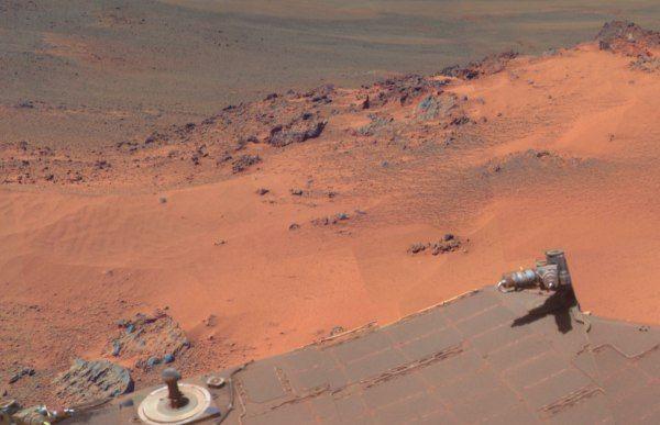 Pictures from Mars. La NASA ha diffuso nuove immagini ad alta definizione di Marte, realizzate con la Panoramic camera del rover Opportunity, il robot per l'esplorazione del pianeta che si trova sulla superficie marziana dal 25 gennaio del 2004. Il 2 luglio scorso, Opportunity ha completato il suo 3millesimo giorno su Marte.