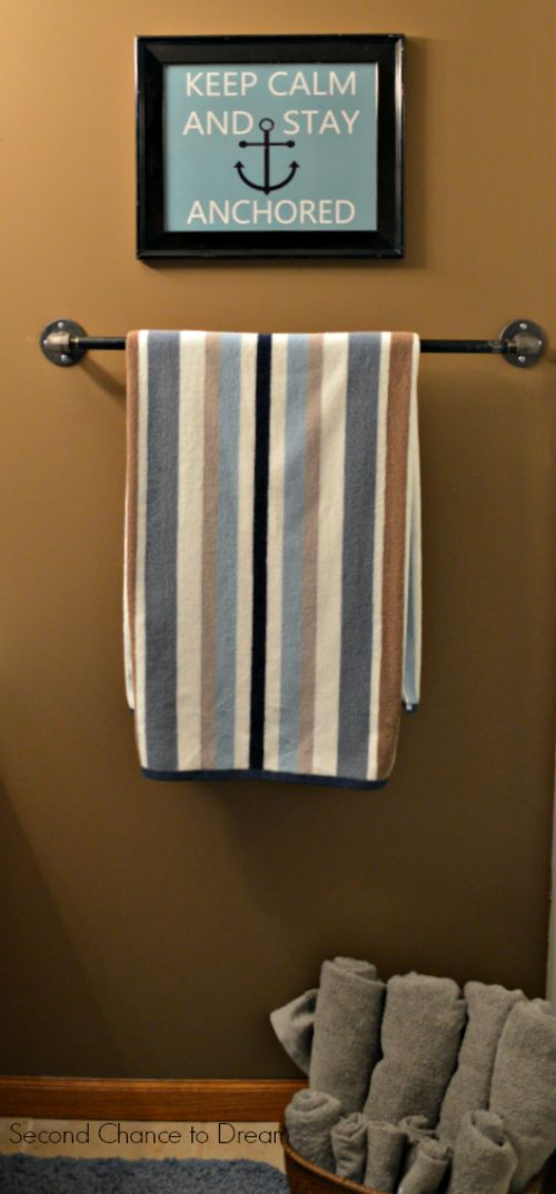 17 best images about beach themed decor on pinterest for Second bathroom ideas