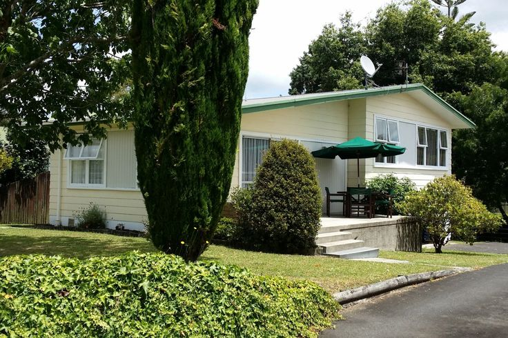 *** Comfortable Home with SKY TV + WIFI in Whangarei City, Whangarei District | Bookabach