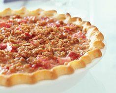 Strawberry Rhubarb Streusel Tart