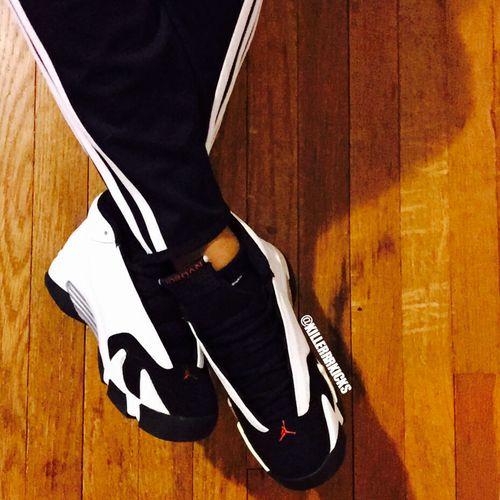 Air Jordan Black Toe 14s