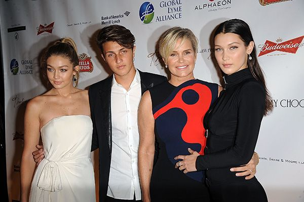 L-R) Gigi Hadid, Anwar Hadid, Yolanda Foster and Bella Hadid attend 2015 Global Lyme Alliance Gala at Cipriani 42nd Street on October 8, 2015 in New York City. (Photo by Chance Yeh/WireImage)