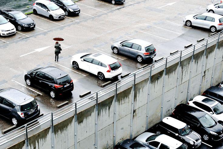 Burglars really do use bluetooth scanners to rob cars