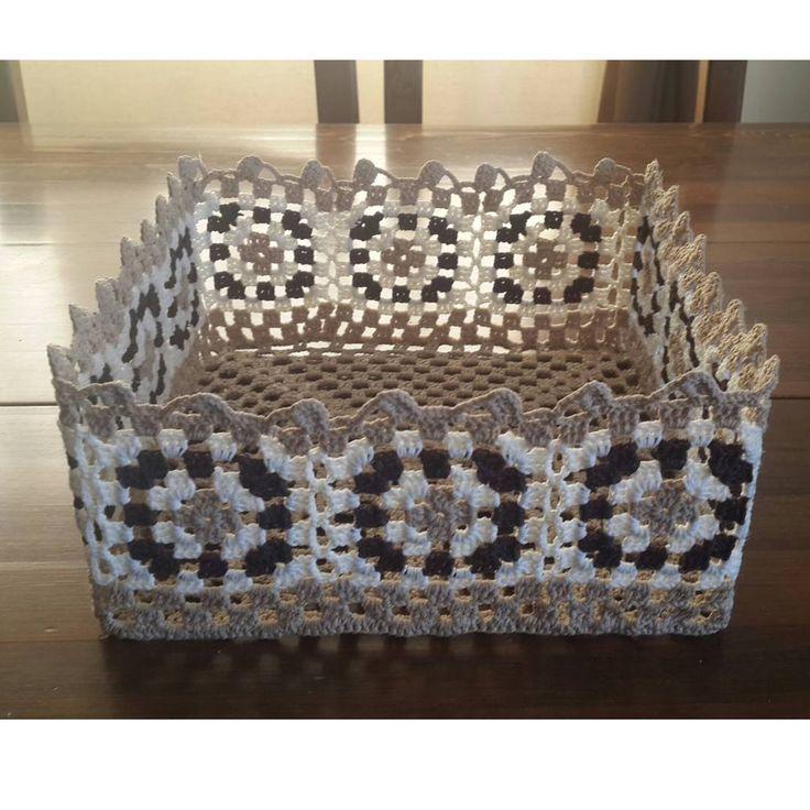 """229 Beğenme, 1 Yorum - Instagram'da Hülya Özdemir (@ozdemirhulya): """"Güzel örgü örenlere #fikir olsun #çocukodası #yastık #tavuk #mavi #yün #knitting #crochet #pillow…"""""""