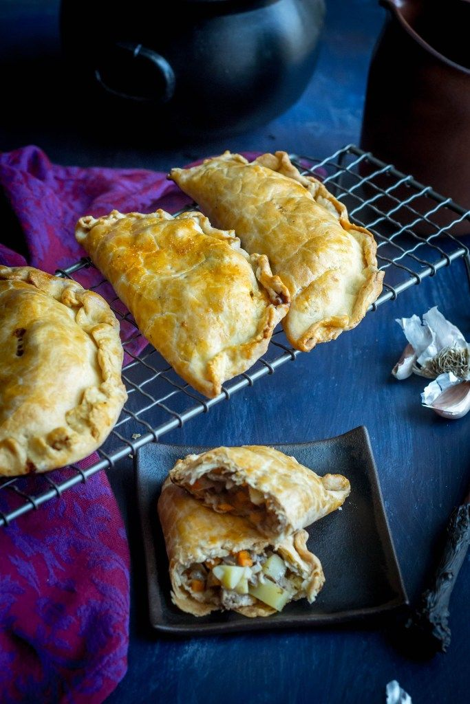 Harry Potter Cornish Pasty Feast Of Starlight Recipe Cornish Pasties Pasties Recipes Harry Potter Butter Beer,Cats In Heat Meme