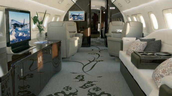 Lineage 1000-E da Embraer, também conhecido avião apartamento