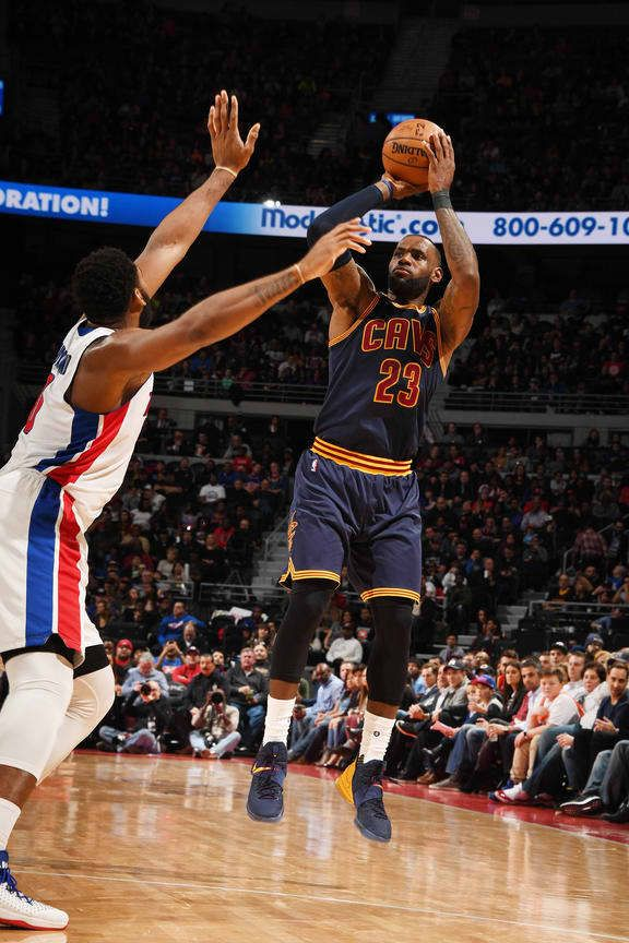 DETROIT, MI - MARCH 9: LeBron James #23 of the Cleveland Cavaliers shoots the ball against the Detroit Pistons during the game on March 9, 2017 at The Palace of Auburn Hills in Auburn Hills, Michigan.  I know, I know the Cavs blew a huge lead a lost