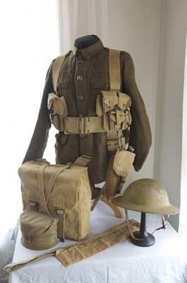 WWI British/Commonwealth gear. Likely Canadian Expeditionary Force
