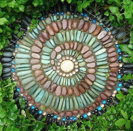 ... Decorative Garden Stepping Stones