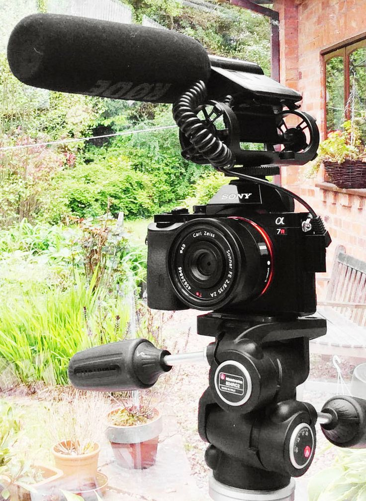 Sony A7r video with 35mm and 55mm Zeiss lenses - something special?