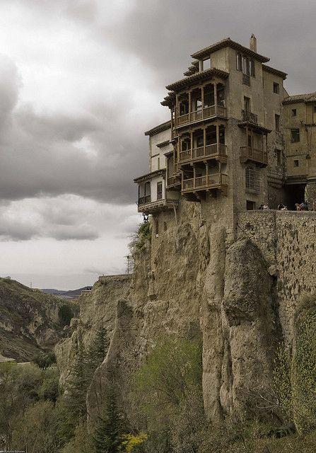 Casas Colgadas de Cuenca, Spain (by Jordi Muñoz Quiñones).