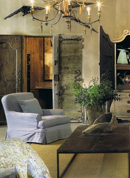 Rustic: The Doors, Living Rooms, French Interiors, Rustic Doors, Interiors Design, Rustic Chic, Barns Doors, Paintings Wall, French Design