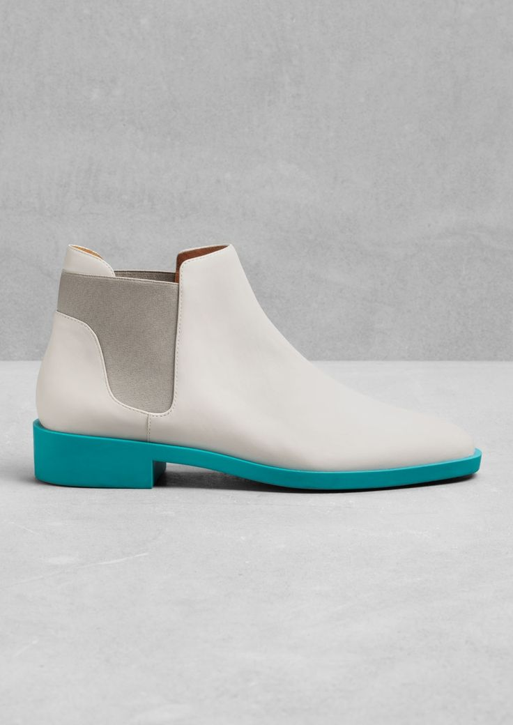 & Other Stories | Chelsea Leather Boots | Light Grey