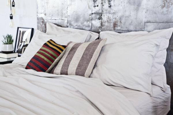 Where Do You Fall on the Hottest Bedroom Debate?  - HouseBeautiful.com
